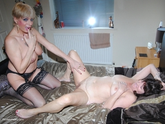 PhillipasLadies - Dimonty & Steph Play Gallery