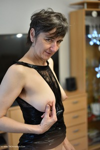 hotmilf - Black Wet Look Pt2 Free Pic 2