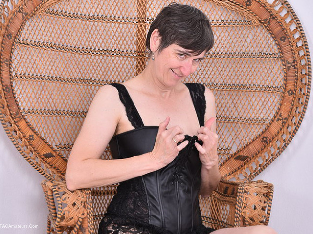 HotMilf - Leather Corsage In Wicker Chair Pt1