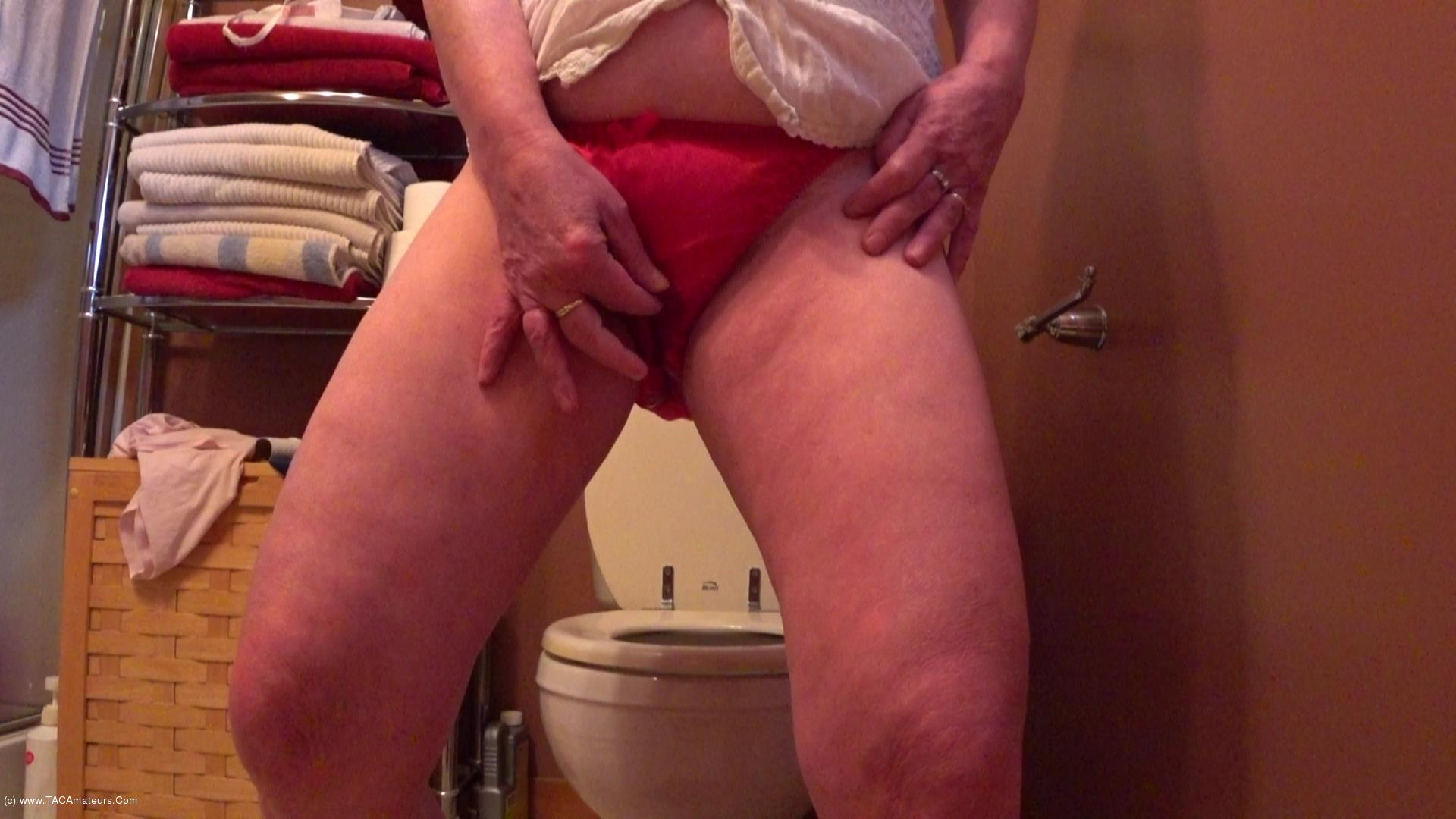 CougarBabeJolee - Pissing Panties For Your Mouth scene 0