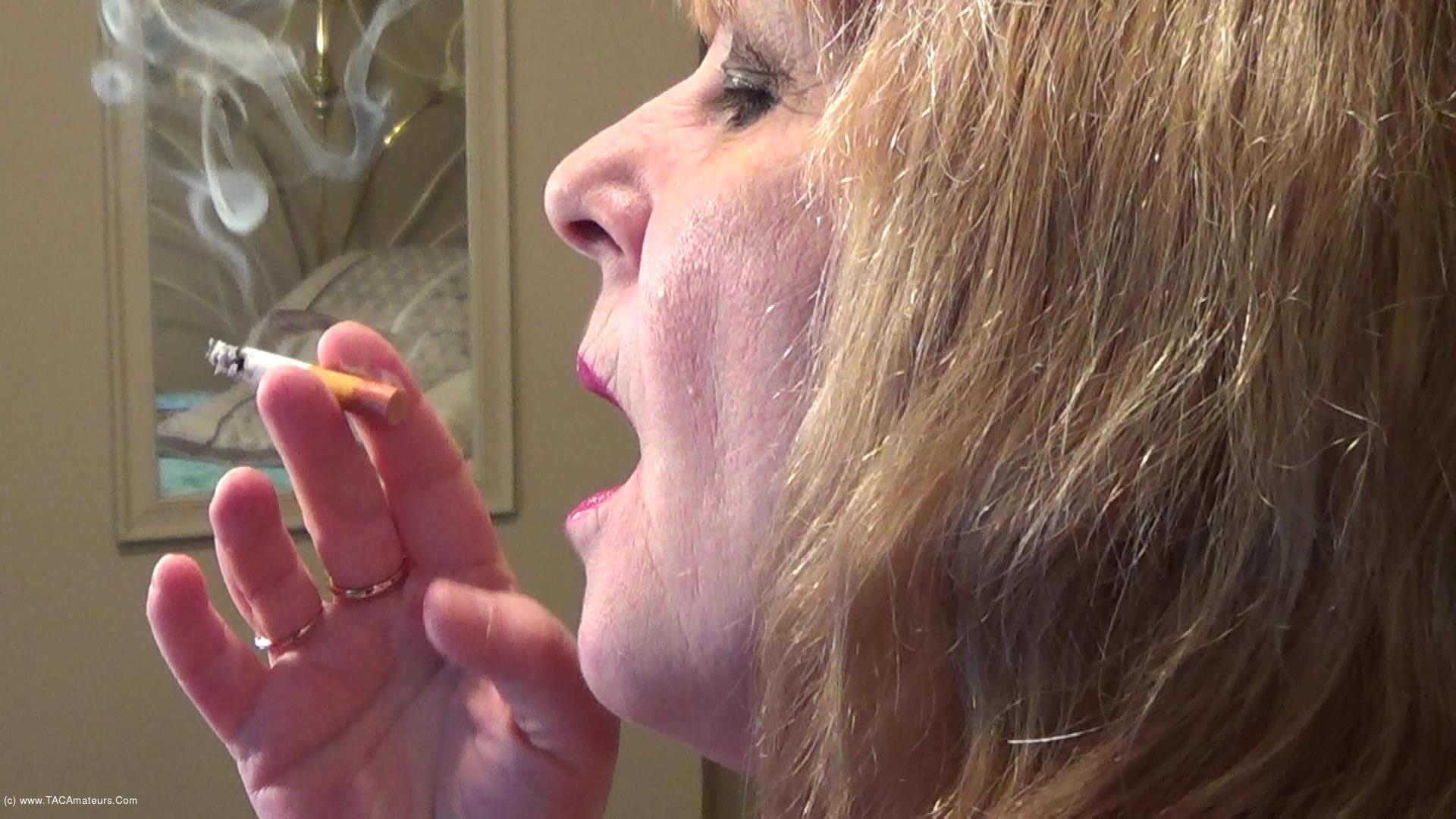 CougarBabeJolee - Side View Smoking Closeup scene 3