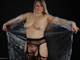Sweet Susi - Raincoat Picture Gallery