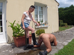 MaryBitch - Piss On My Rubber Boots & Lick HD Video