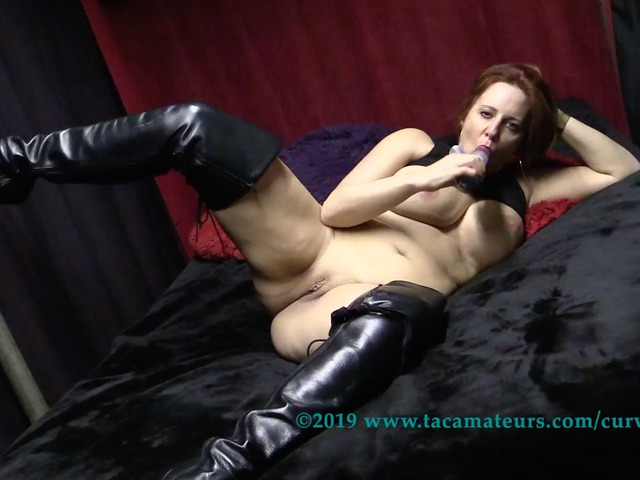 CurvyClaire - Thighboot Dildo Fun Pt3