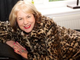 Fur Coat Strip