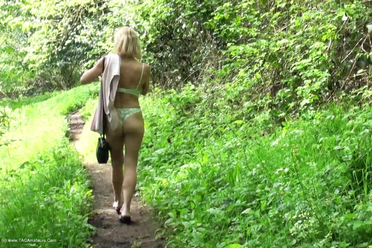DirtyDoctor - A Walk In The Woods Pt1 scene 2