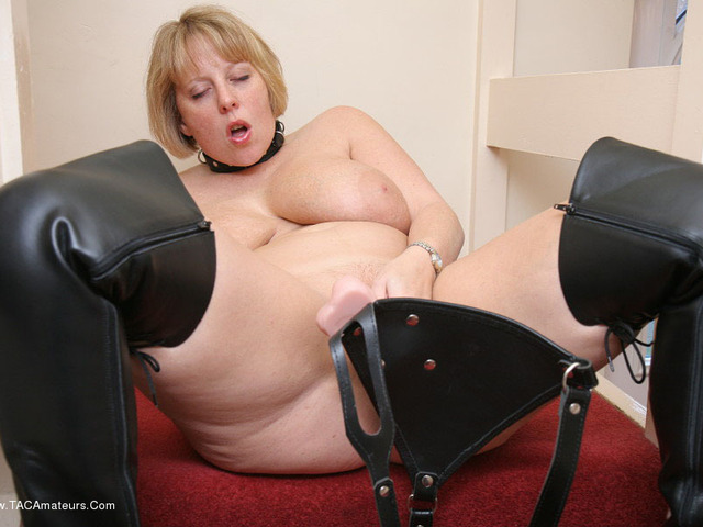 CurvyClaire - StrapOn On The Stairs Pt2