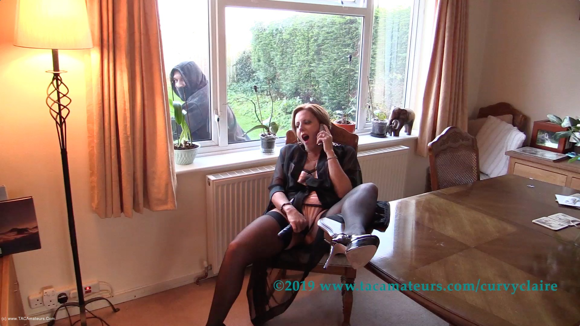 CurvyClaire - Claire's Masked Robber Pt1 scene 2