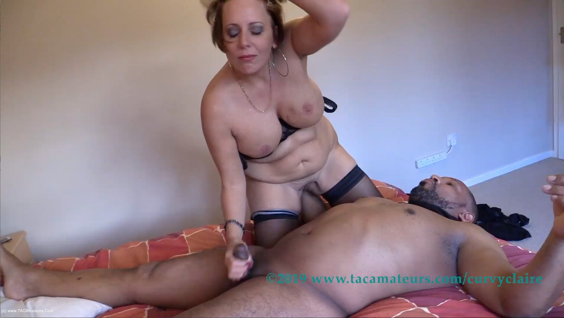 CurvyClaire - Claire's Masked Robber Pt3 scene 2