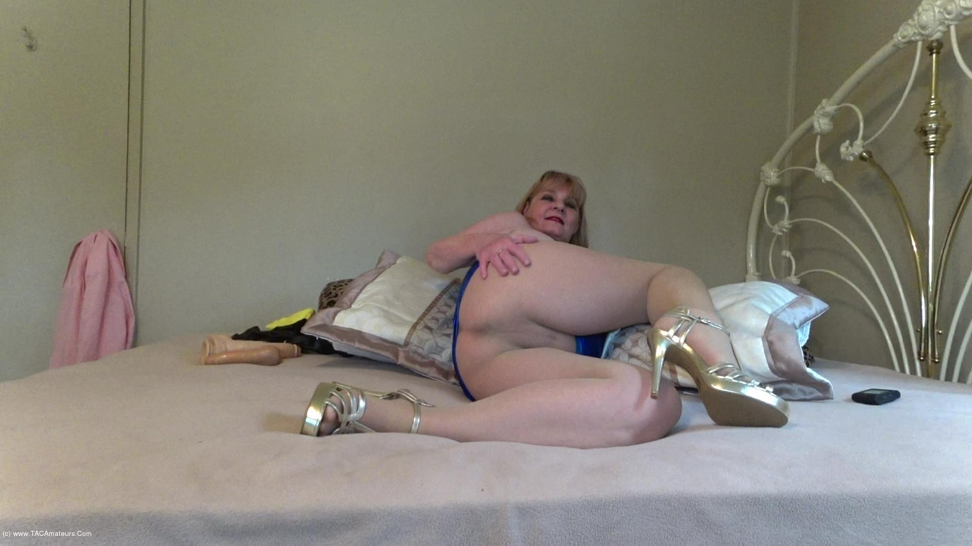 CougarBabeJolee - Sultry In PVC & Pantyhose Pt1 scene 1