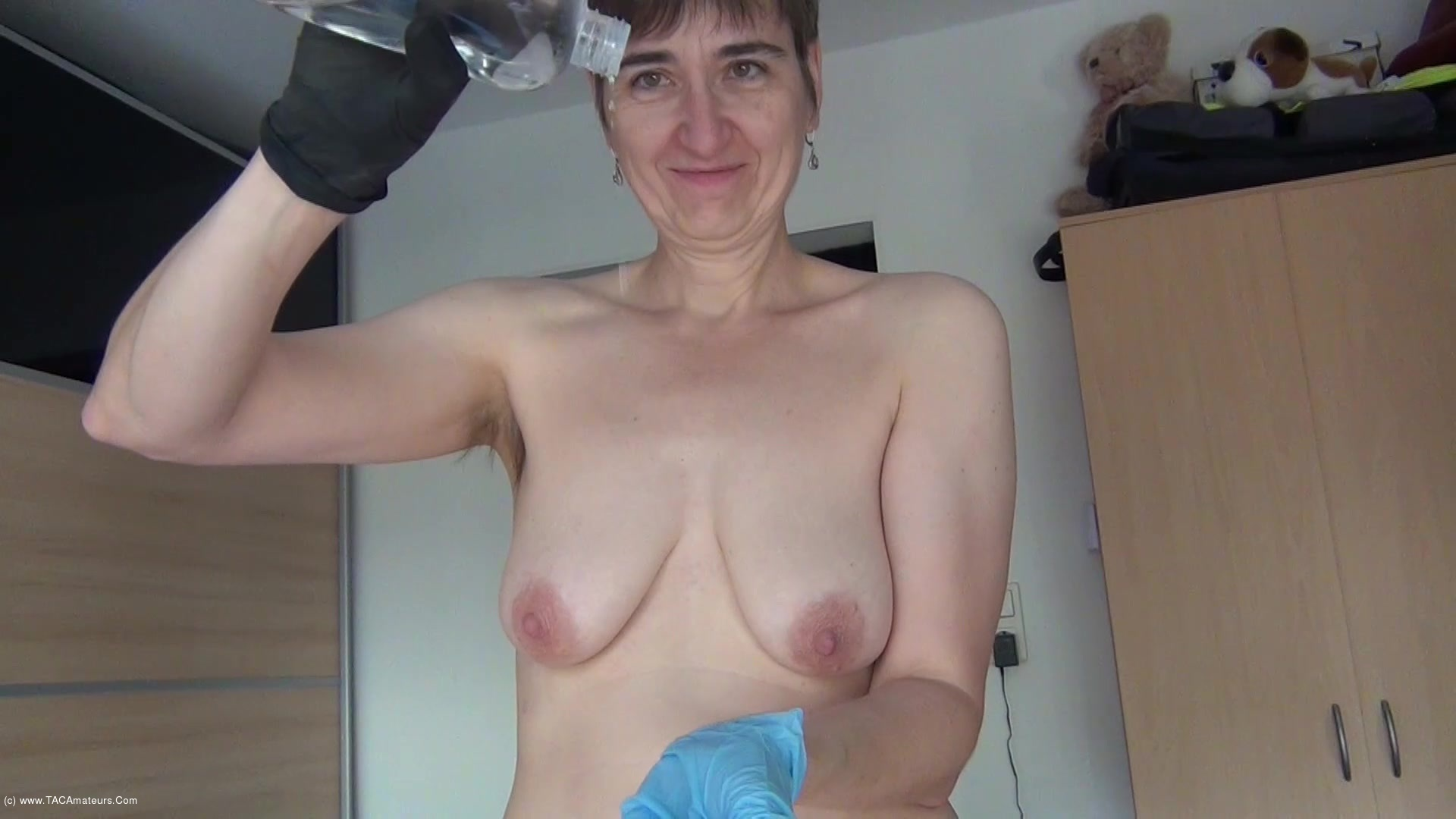 HotMilf - Sperm Game With Gloves scene 2
