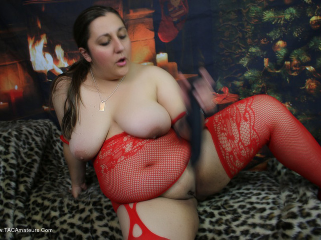 KimberlyScott - Chest Nuts Roasting By An Open Fire Pt2
