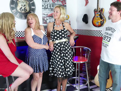 MollyMILF - American Diner Pt1 HD Video