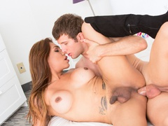 JessyDubai - Tranny Hole Surprise Pt6 HD Video