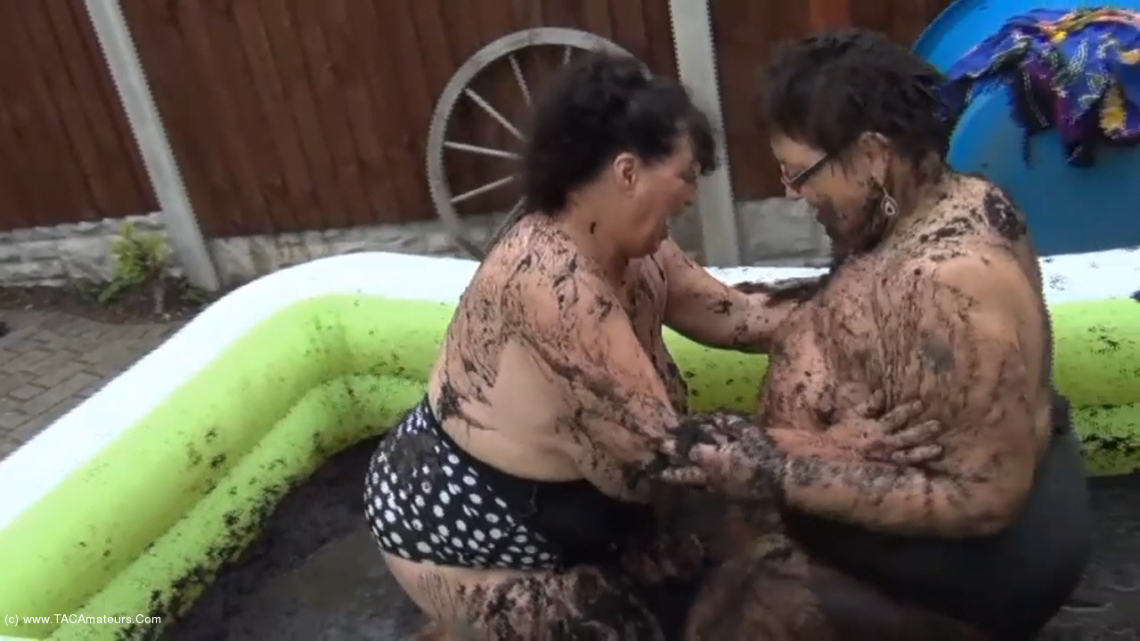 KimsAmateurs - Kim & Honey Mud Wrestling Pt1 scene 2
