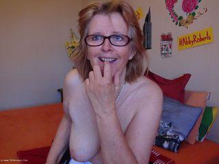 Sexy Mature Maid Pt2