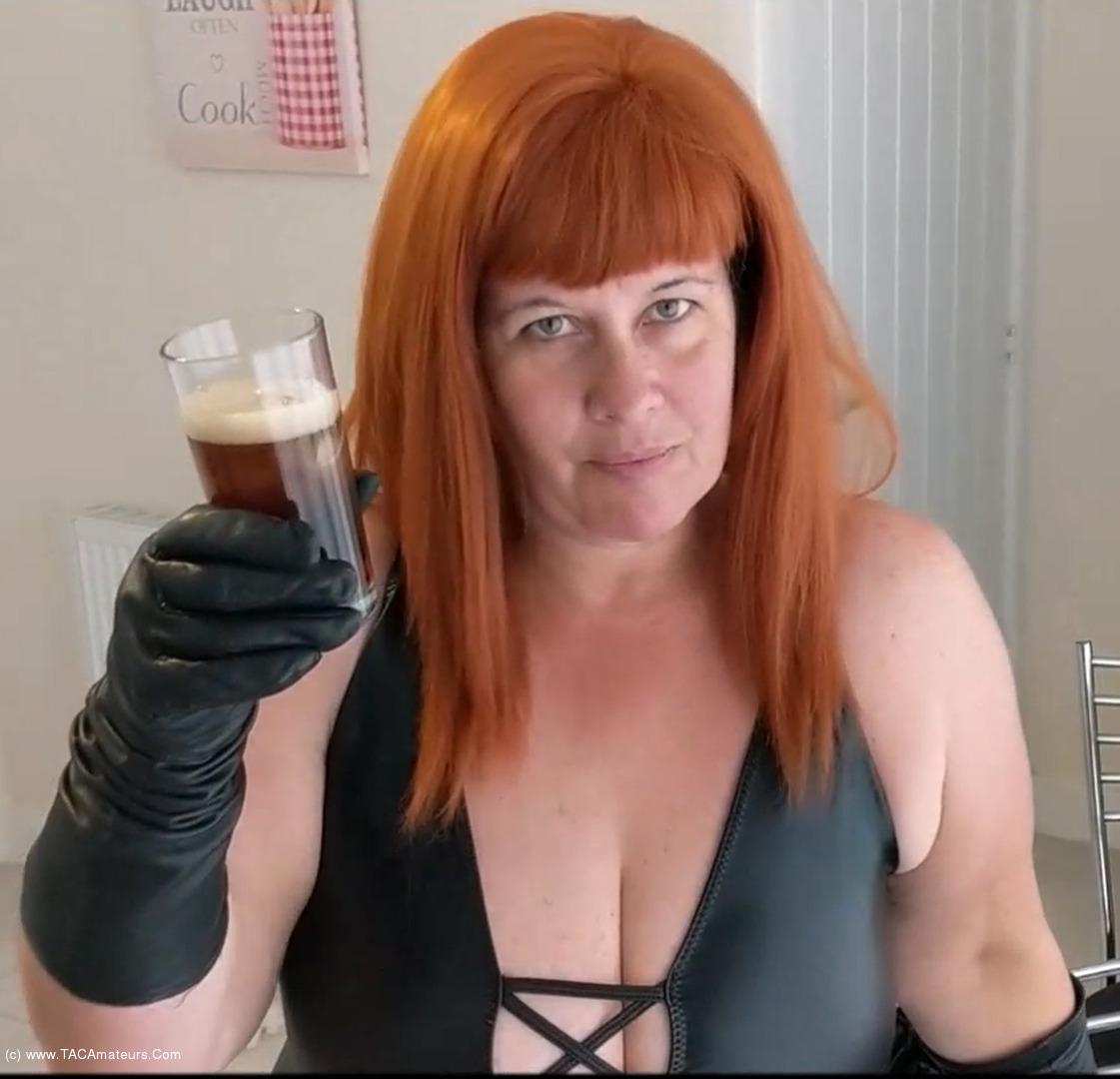 MrsLeather - Mrs Leather Gets Sloshed Pt1 scene 0