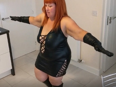 MrsLeather - Mrs Leather Gets Sloshed Pt2 HD Video