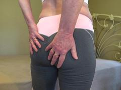 CougarBabeJolee - Hot Yoga Pants Fetish HD Video