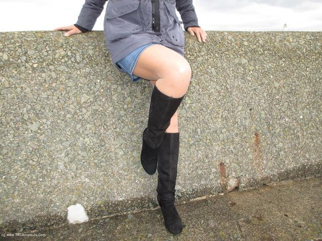 Holdups Pantyhose & Boots