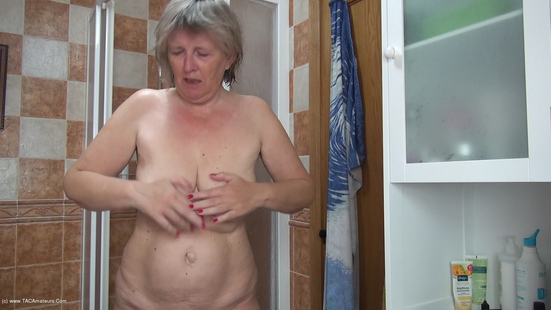 AbbyRoberts - Body Lotion On My Tits Pt1 scene 1