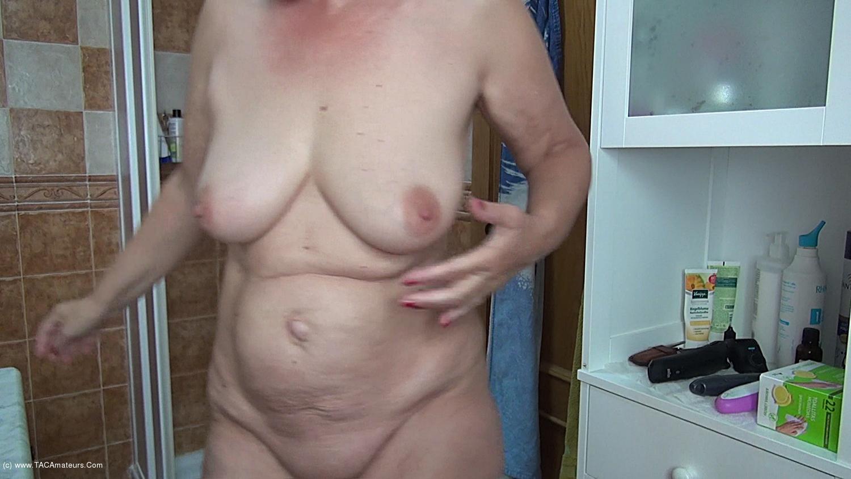AbbyRoberts - Body Lotion On My Tits Pt2 scene 1