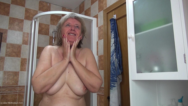 AbbyRoberts - Body Lotion On My Tits Pt2 scene 2