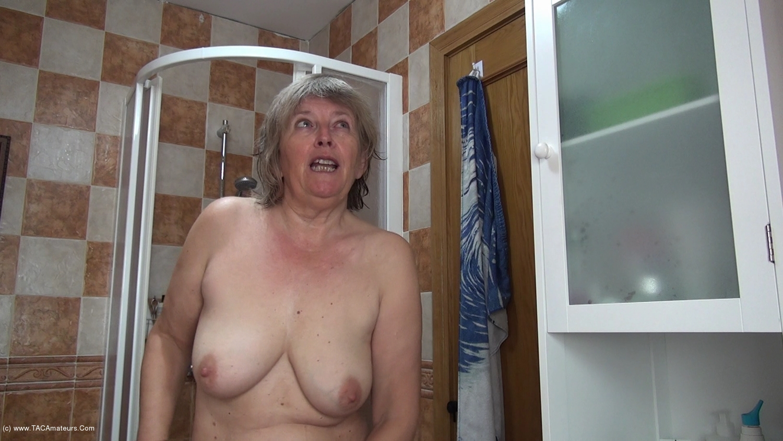 AbbyRoberts - Body Lotion On My Tits Pt2 scene 3