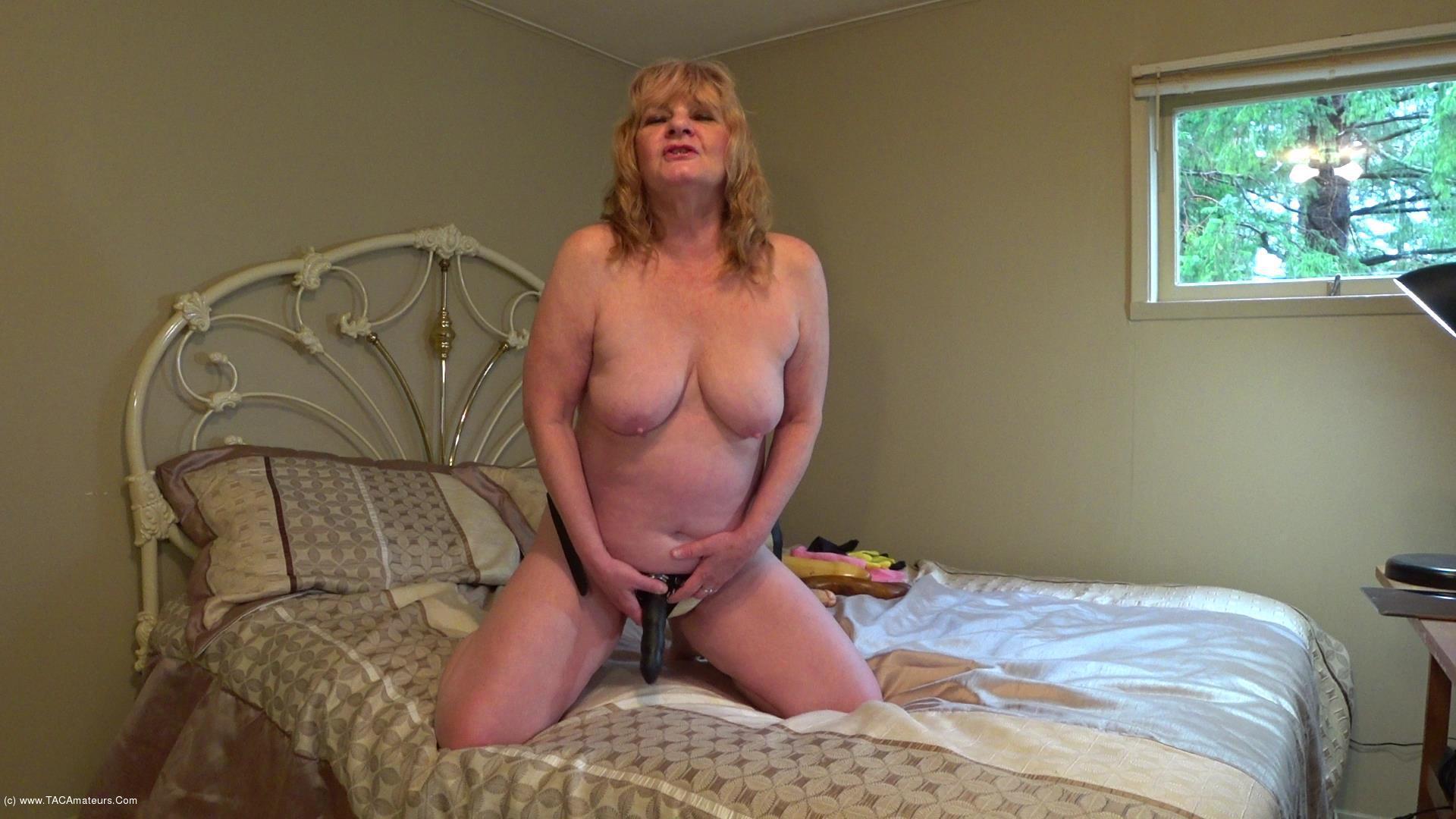 CougarBabeJolee - Sissy Boy Strap-on scene 0