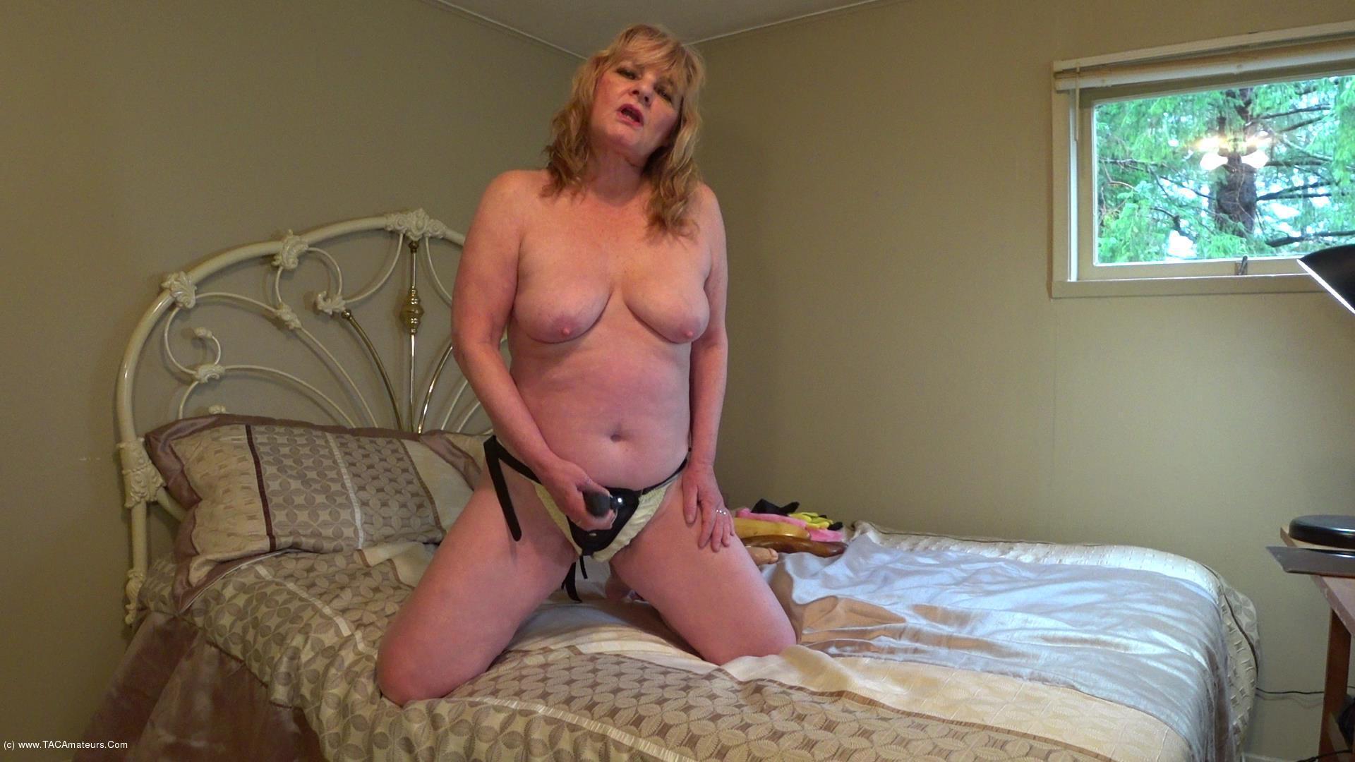 CougarBabeJolee - Sissy Boy Strap-on scene 1