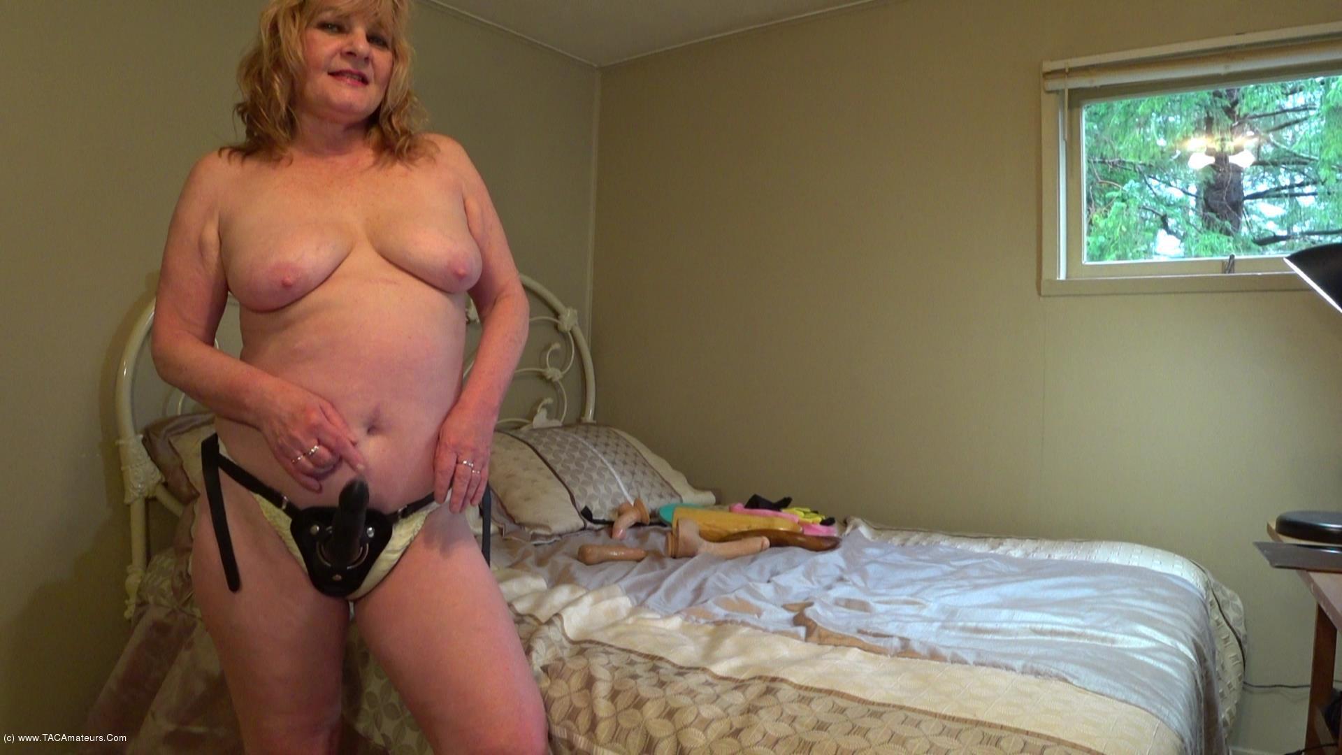 CougarBabeJolee - Sissy Boy Strap-on scene 2