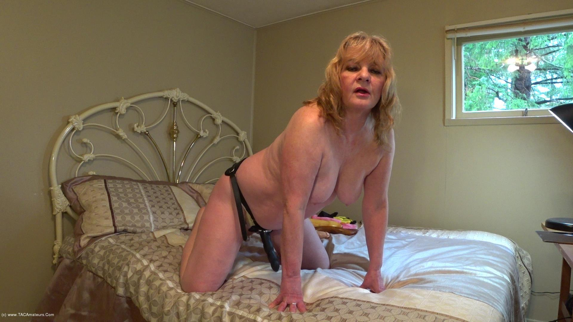 CougarBabeJolee - Sissy Boy Strap-on scene 3