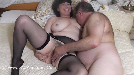 JuiceyJaney - Wayne Fucks Me Hard On The Bed Pt1 scene 2
