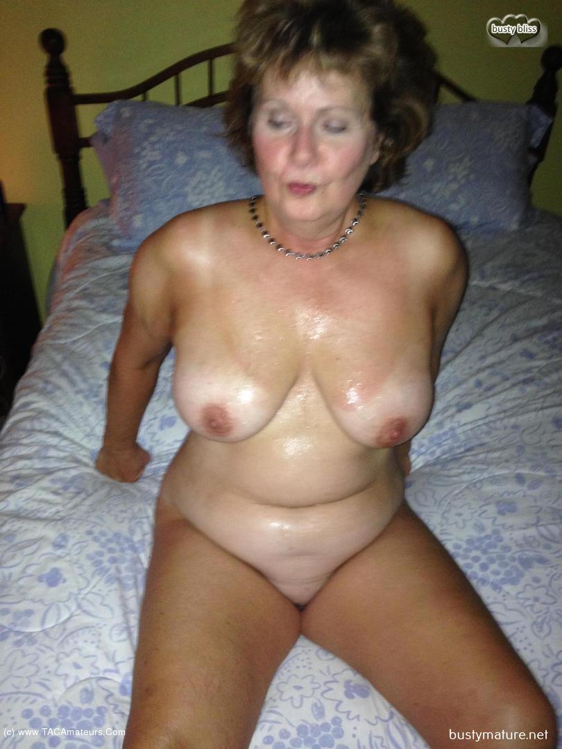 Busty cum on tits