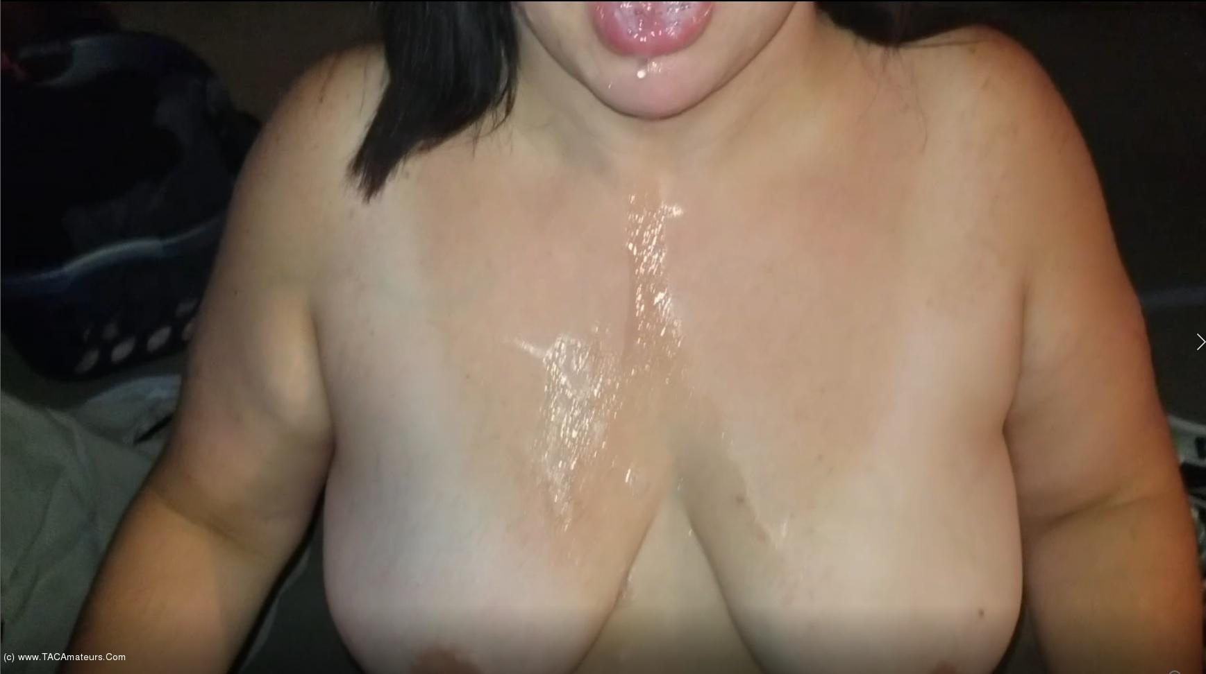 SexyNEBBW - Sexy NEBBW Gives Sloppy BJ & Swallows scene 2