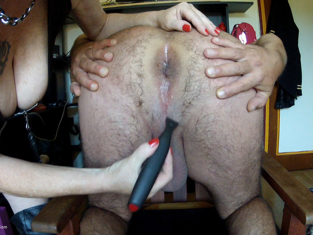 MaryBitch - Shaving Arsehole Pt1