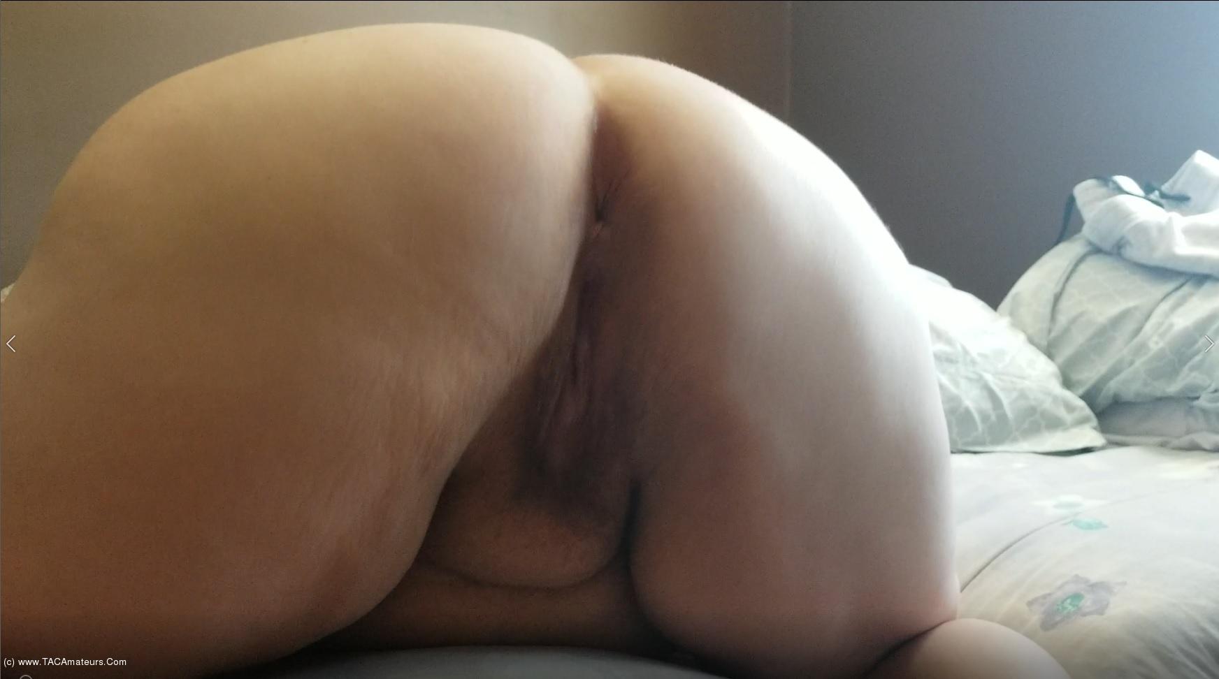 SexyNEBBW - Arsehole Getting Cum Pt1 scene 1