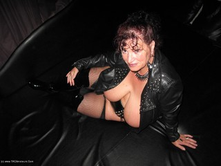 Kims Amateurs - Kim In PVC In Blackpool Pt6 Picture Gallery