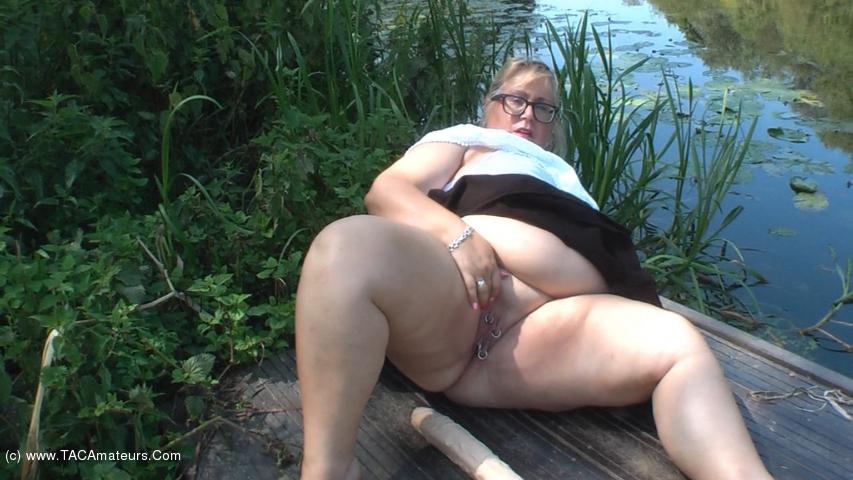 LexieCummings - River Dildo scene 2