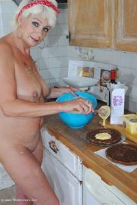 Dimonty - Naked Cake Making Free Pic 3
