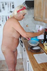 Dimonty - Naked Cake Making Free Pic 4