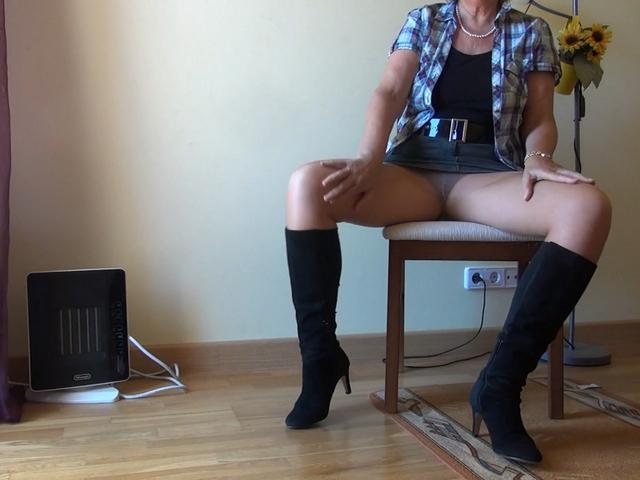 AbbyRoberts - Hot Boots  Nylons Fetish