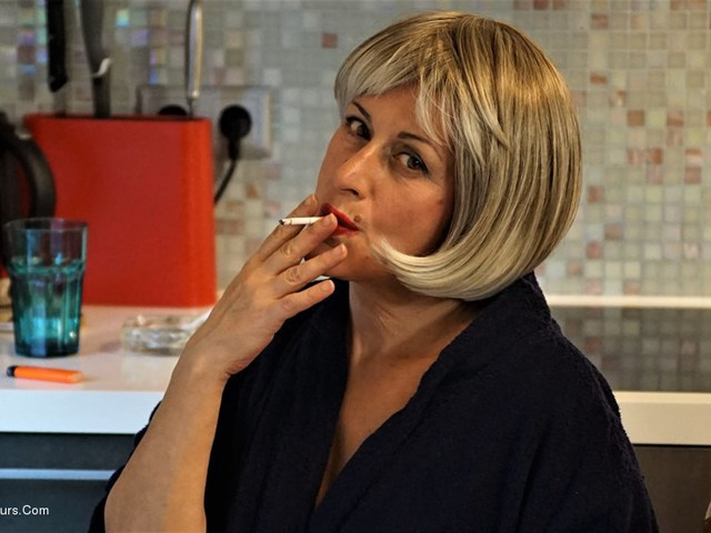 DianaAnanta - Blonde Wig Pt2