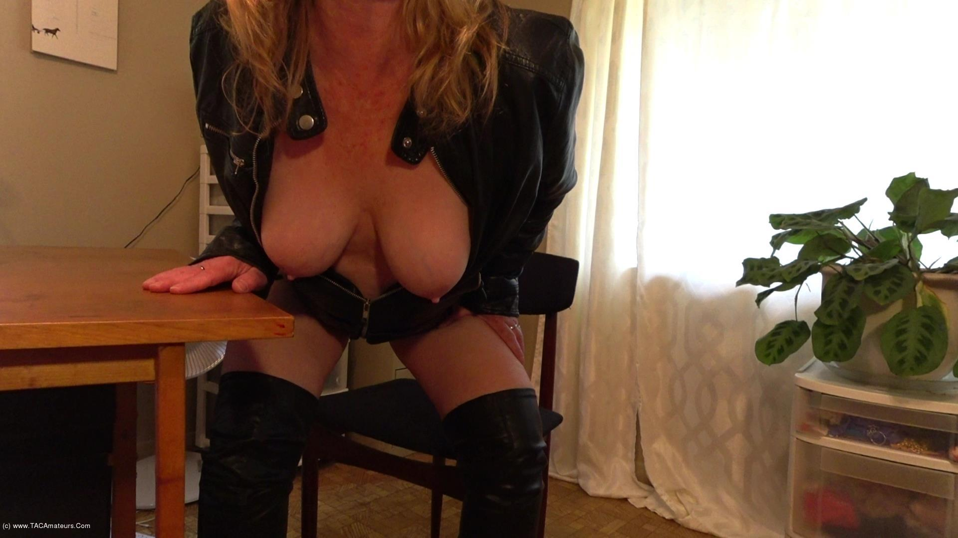 CougarBabeJolee - I'm In Leathers, Do As I Say! scene 2