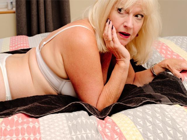 Bedroom Massage Pt1