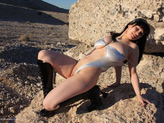 SusyRocks - Desert Queen Pt4