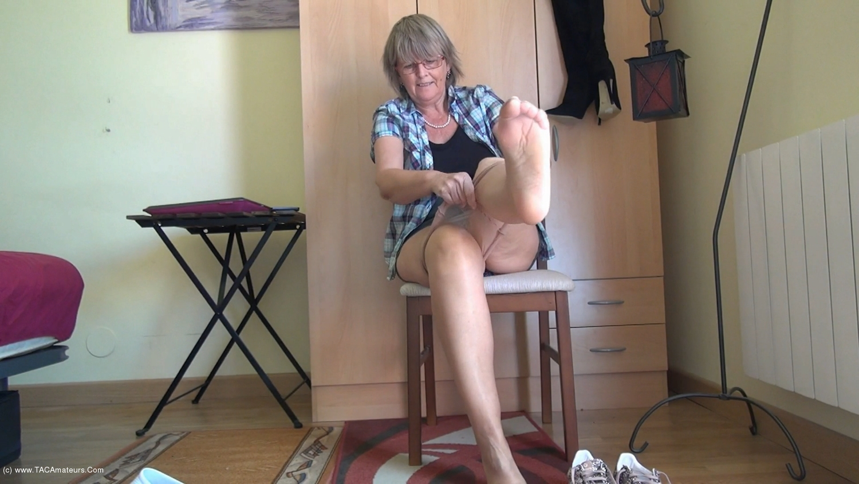 AbbyRoberts - Horny Nylons & A Mini Skirt scene 0
