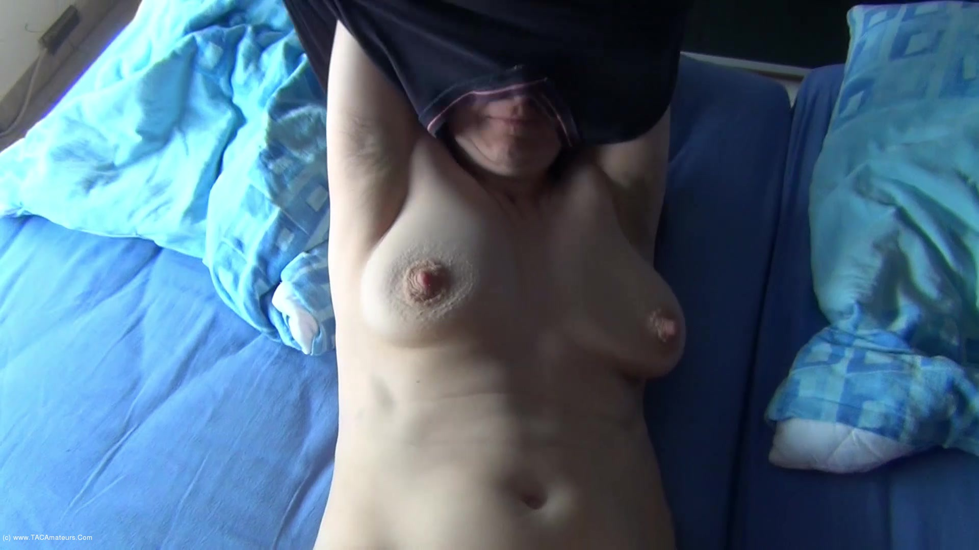 Hot Milf - Cum On The Belly video