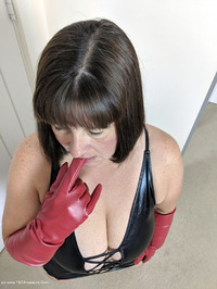 Mrs-Leather - I Get A Full Facial Pt1 Free Pic 3