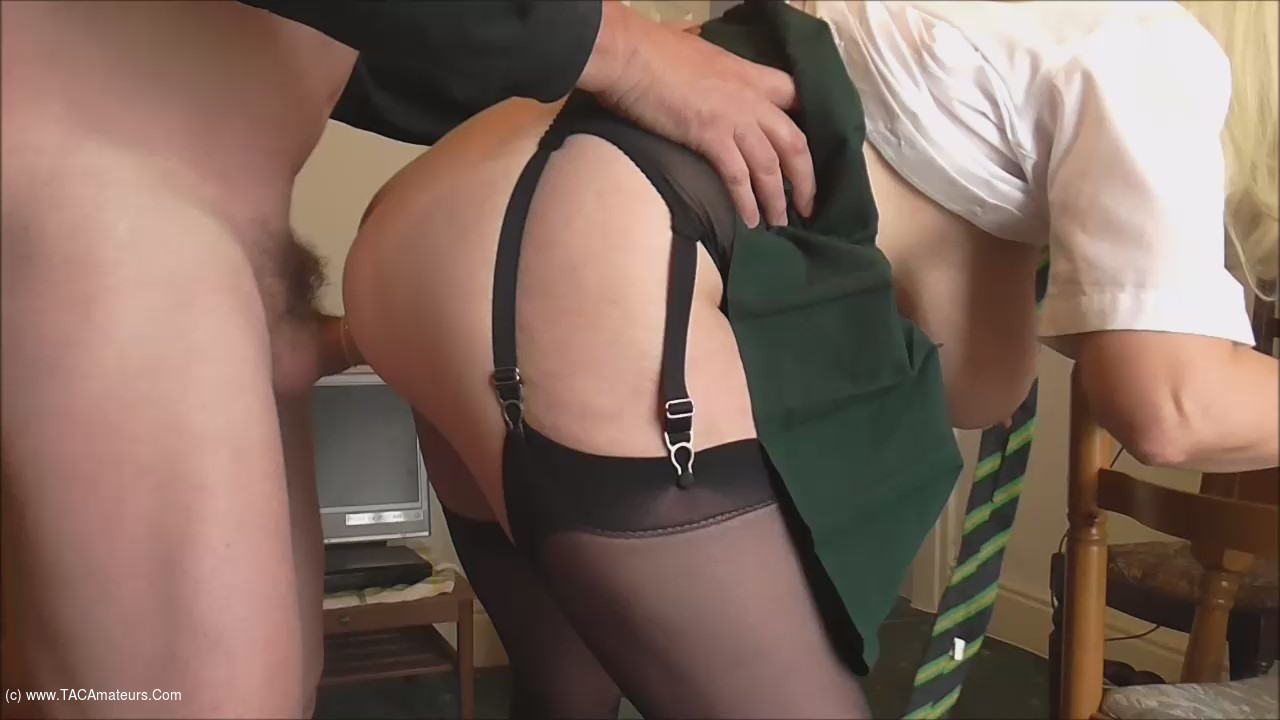 Barby Slut - Home From The Pub video